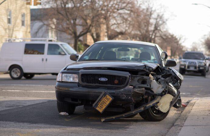 Accident de voiture sans assurance, que faire ?
